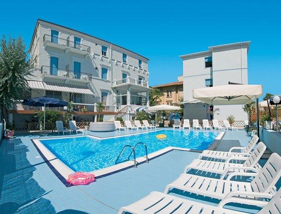 Firmatour romagna adriatico rimini marina centro for Centro di soggiorno il belvedere